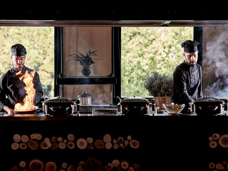 Le restaurant principal Agapi