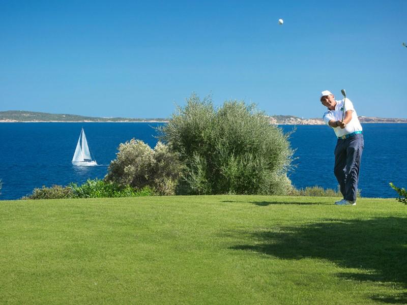 Le Capo d'Orso met à votre disposition un magnifique parcours de golf