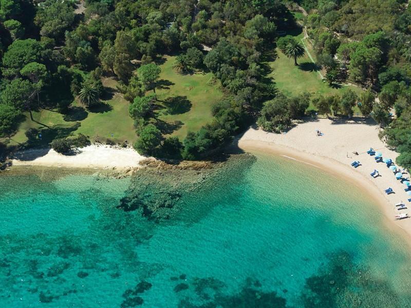 Le Capo d'Orso est situé dans l'une des plus belles régions de la Sardaigne