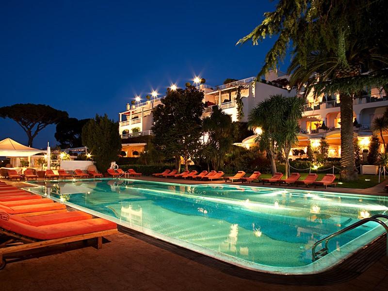 La piscine du Capri Palace situé à Naples