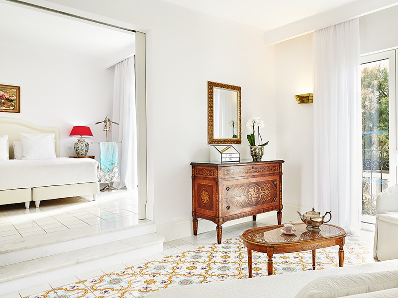 Suite Bungalow Luxury with Outdoor Jacuzzi® du Caramel Grecotel