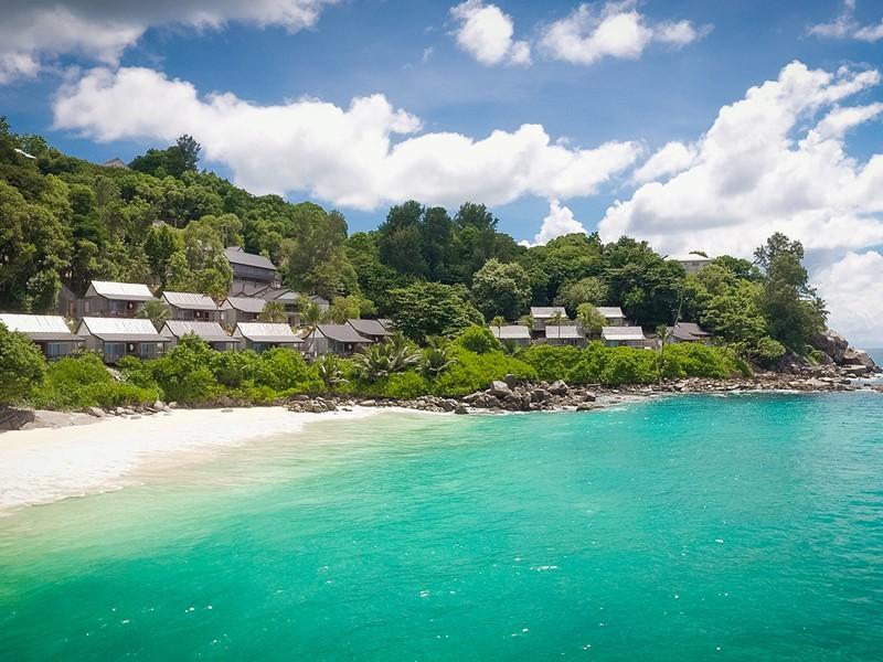 Le Carana Beach est installé dans un cadre paradisiaque
