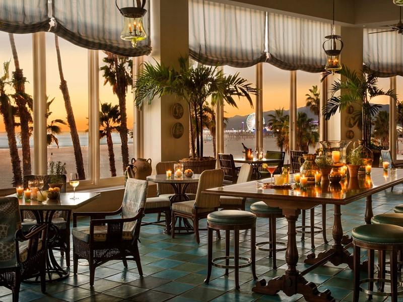 Superbe vue sur l'Océan Pacifique depuis le restaurant Terrazza du Casa Del Mar