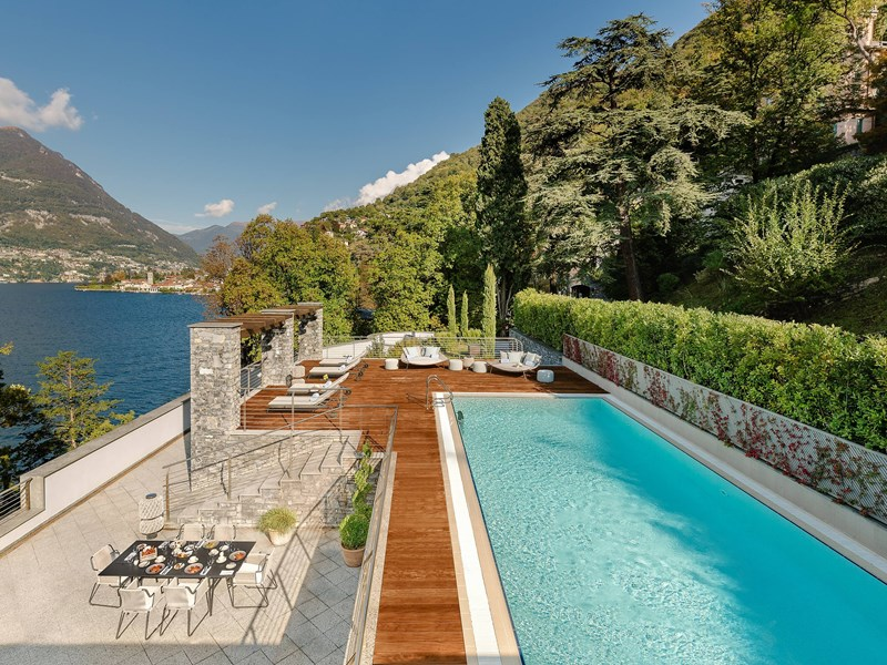 La piscine de la Panoramic Suite with Private Pool