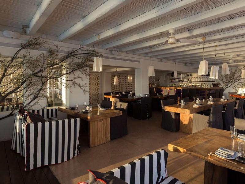Le restaurant Kiku de l'hôtel Cavo Tagoo à Mykonos
