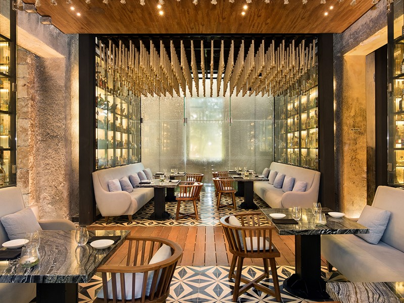 Le restaurant Ixi'im du Chable vous propose la plus grande collection de tequila au monde