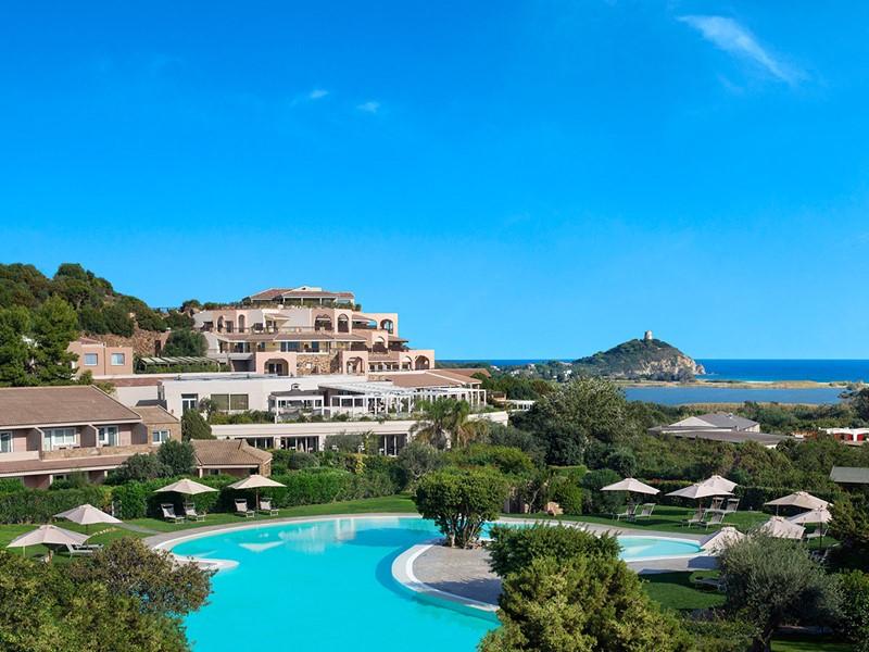 Vue de l'hôtel Chia Laguna Resort en Sardaigne