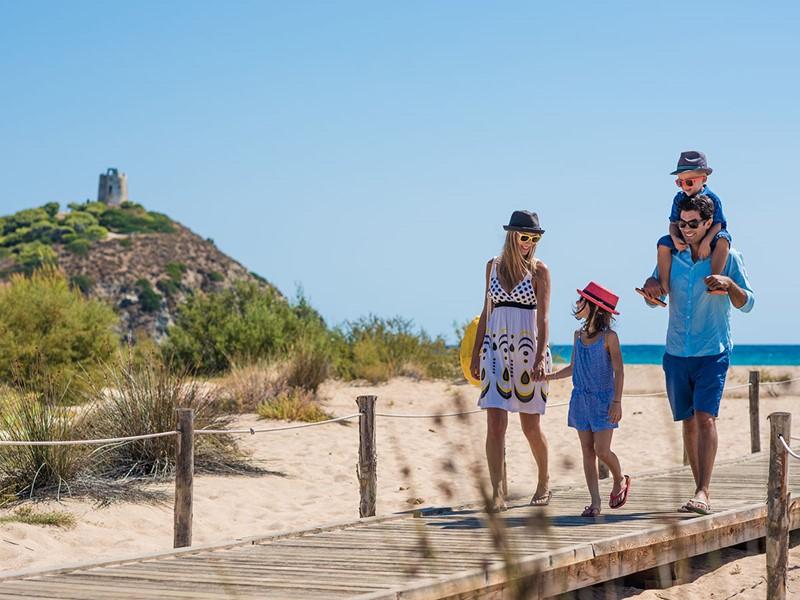 Le Chia Laguna Resort est l'un des meilleurs resort familiale de la Méditerranée