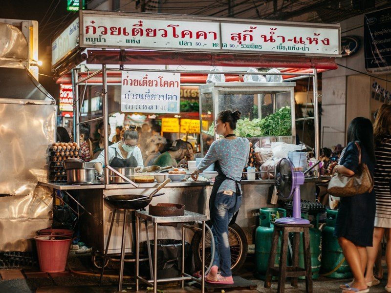 Street food dans le quartier de Nimman