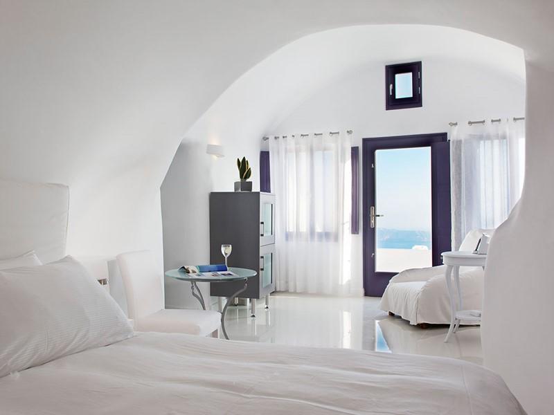 Suite Junior de l'hôtel Chromata Santorin en Grèce