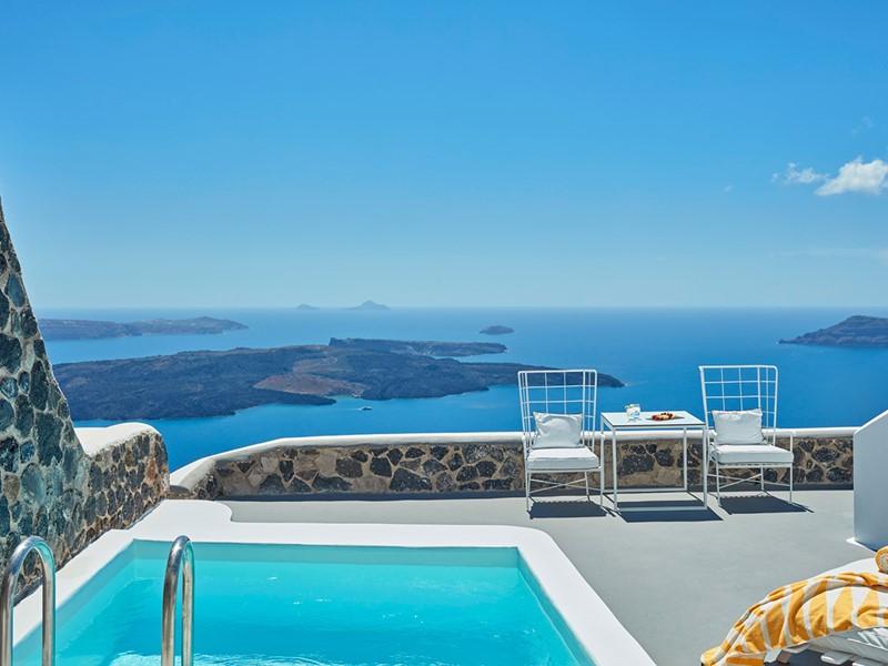Suite Master Pool de l'hôtel Chromata Santorin