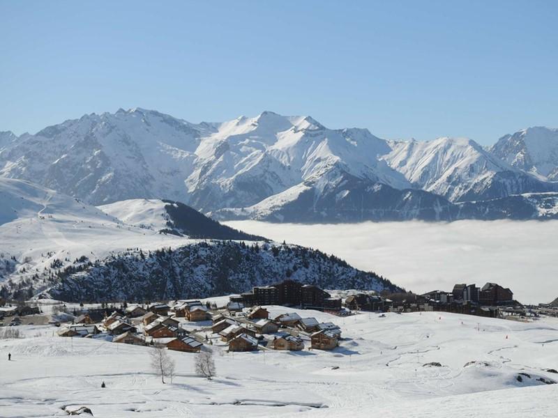 Le Club Med Alpe d'Huez La Sarenne offre un très beau domaine skiable