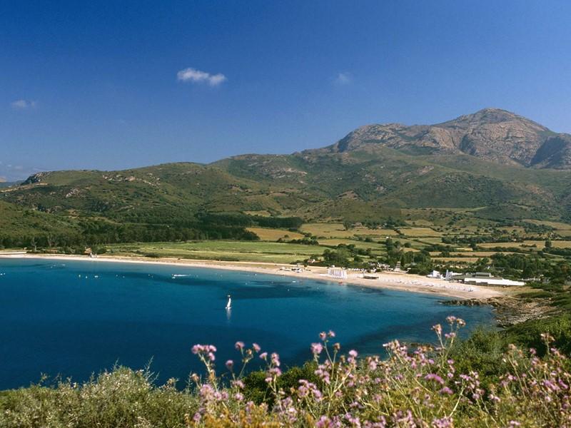 Le Club Med Cargèse surplombe le golfe de Sagone