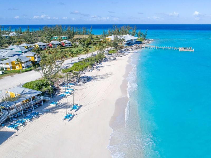 La plage du Club Med, situé sur une île authentique