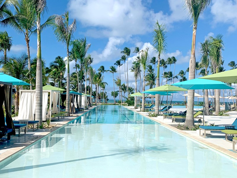 Profitez de la piscine pour vous relaxer