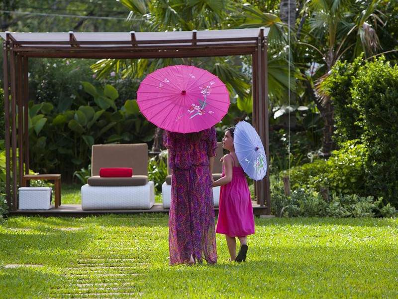 Balade dans le jardin exotique du Club Med Phuket