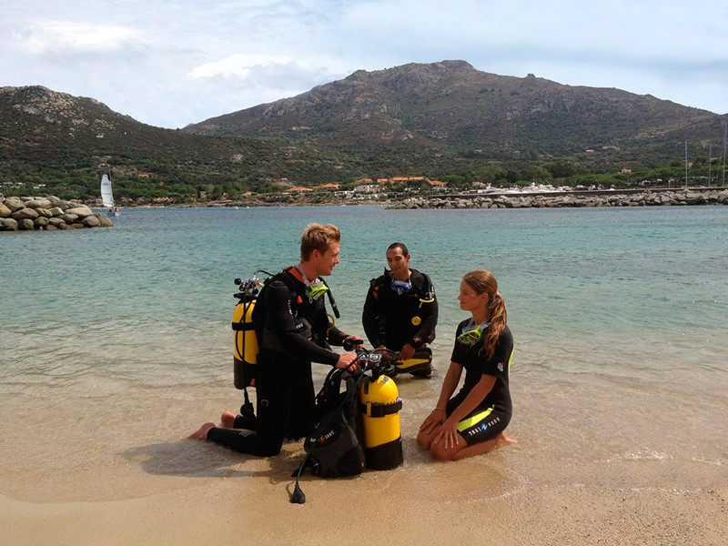 Initiation à la plongée au Club Med Sant'Ambroggio