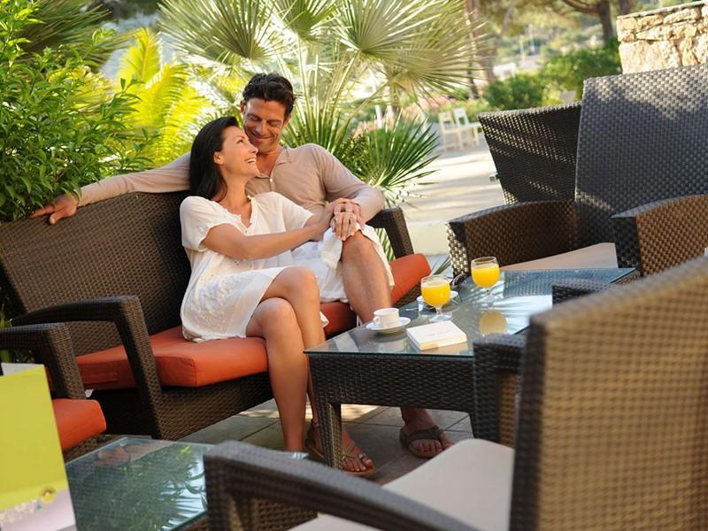 Moment en toute intimité au Club Med Sant'Ambroggio