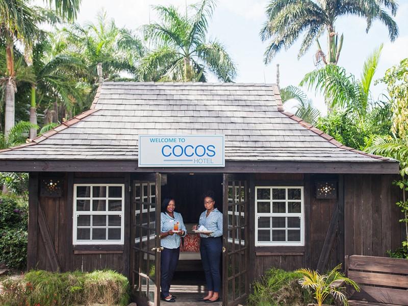 Un accueil chaleureux dès votre arrivée au Cocos Hotel