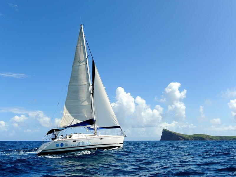Naviguez sur l'Océan Indien à bord d'un catamaran