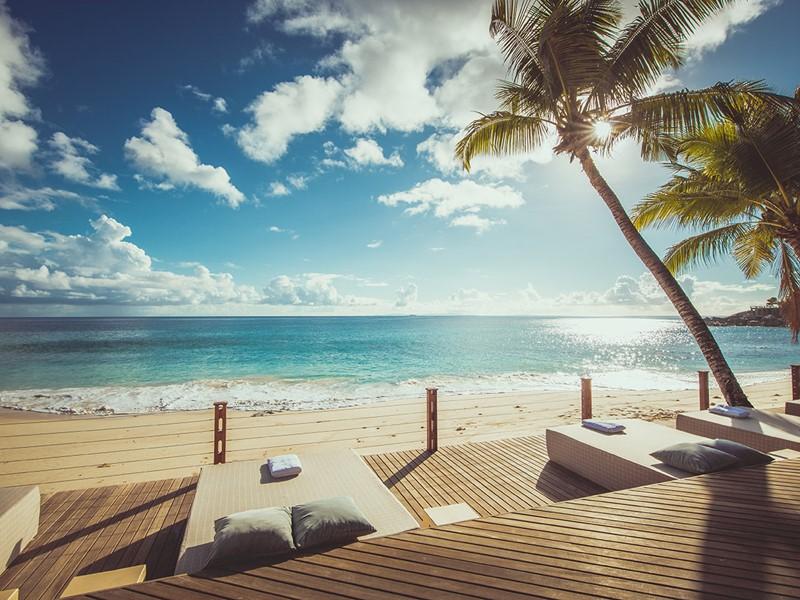 Relaxez vous au Carana Beach Hôtel