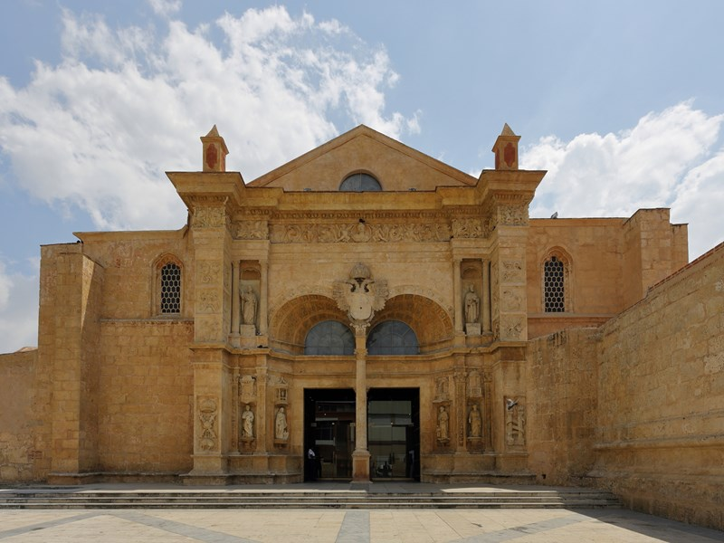 La cathédrale Santa Maria La Menor