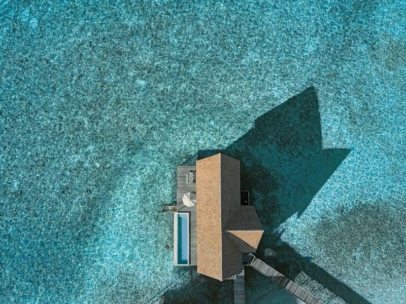 Vue de la Cocoa Water Villa with Pool