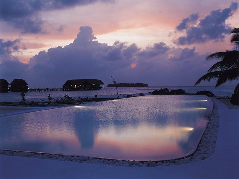 La piscine du COMO Cocoa Island aux Maldives
