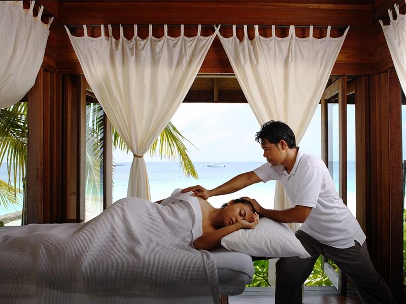 Massage au spa du COMO Cocoa Island