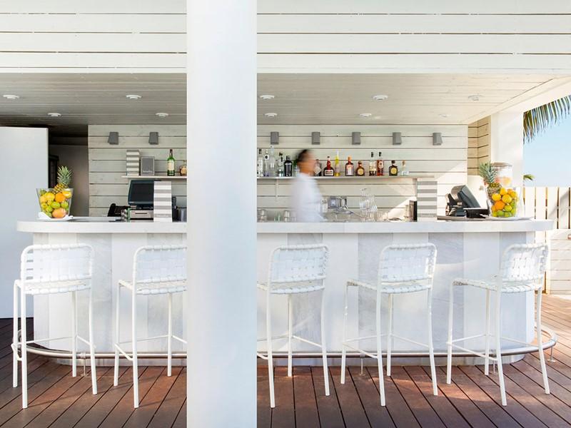 Le Met Pool Restaurant & Bar de l'hôtel Como Metropolitan, à Miami