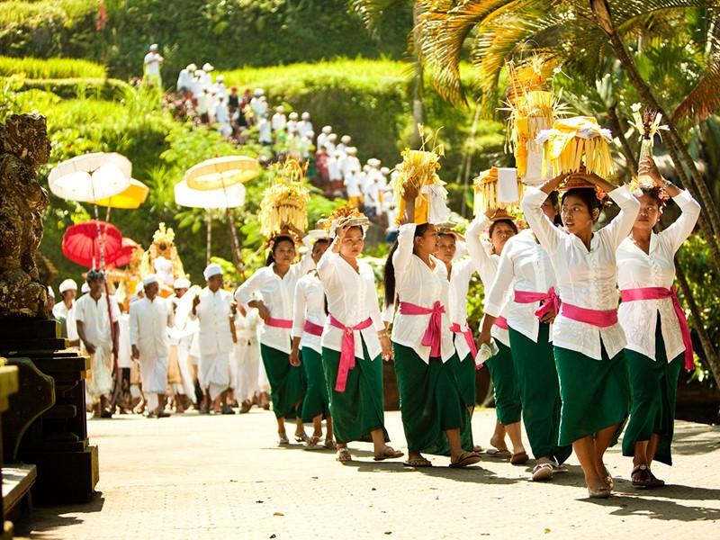 Procession des offrandes à l'hôtel Uma by Como