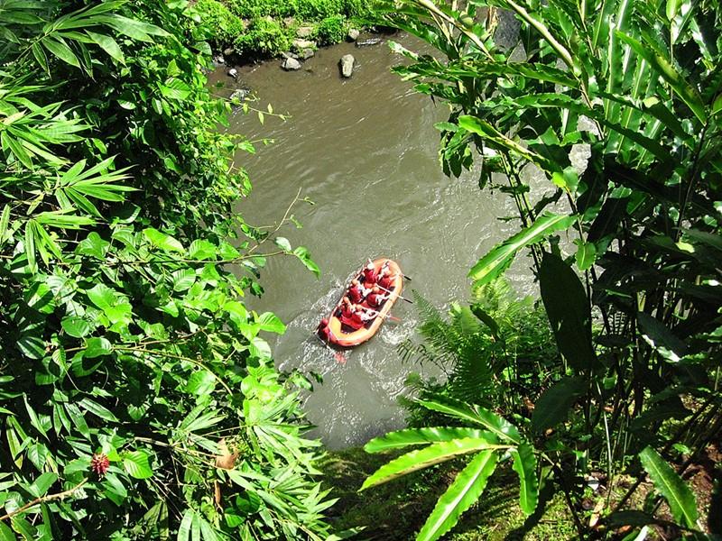 Rafting à l'hôtel Uma by Como situé à Bali