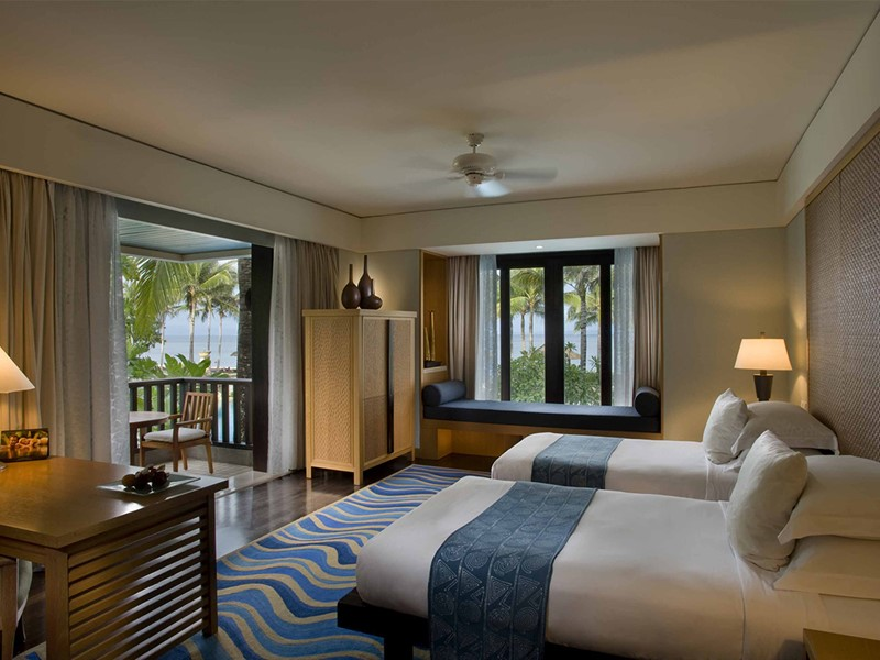 Deluxe Resort