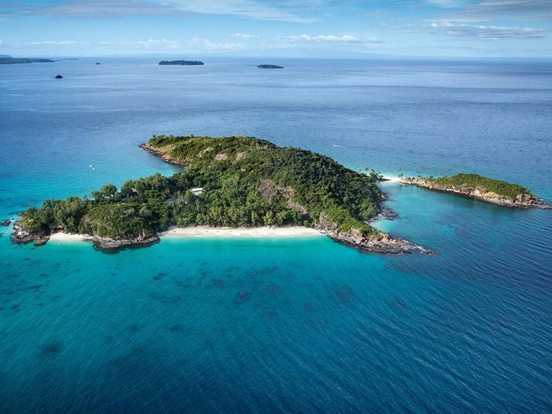 Vue aérienne de l'île de Tsarabanjina, situé au cœur de l'archipel des Mitsio