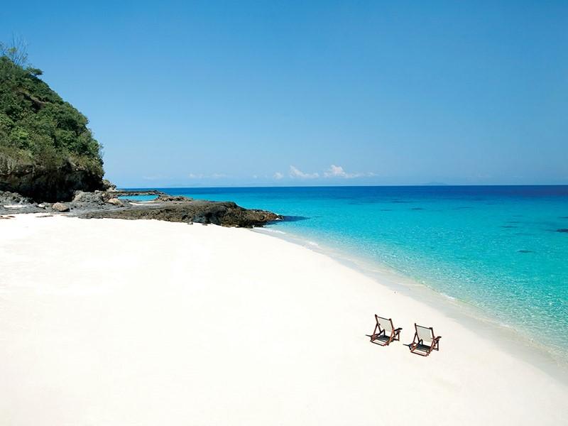 Profitez de la plage de sable blanc immaculé de l'hôtel Constance