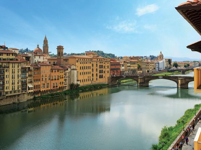 Vue sur la rivière Arno