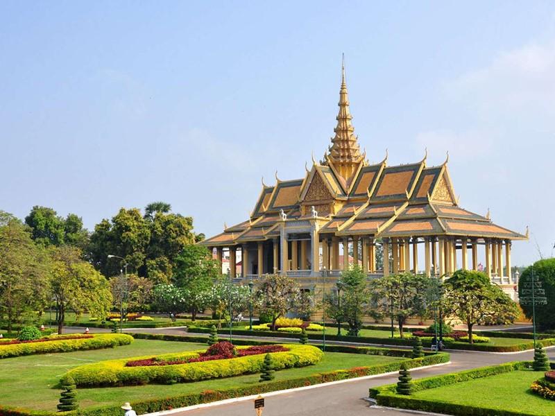 Visite du Palais Royal de Phnom Penh, le site touristique principal de Phnom Penh