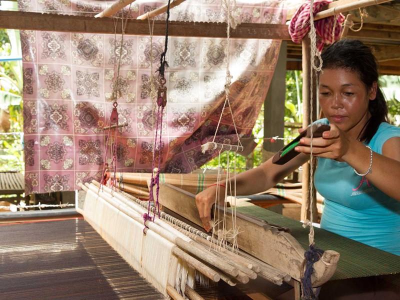 Découverte de Chong Koh, un village peu visité fabricant de la soie