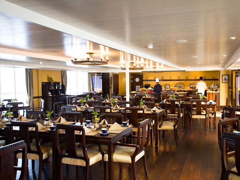 Le restaurant du Jayavarman vous donnera un merveilleux aperçu du véritable esprit de la région