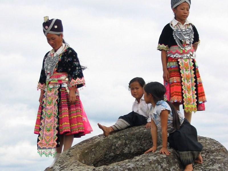 Allez à la rencontre de l'ethnie Hmong à la plaine des jarres