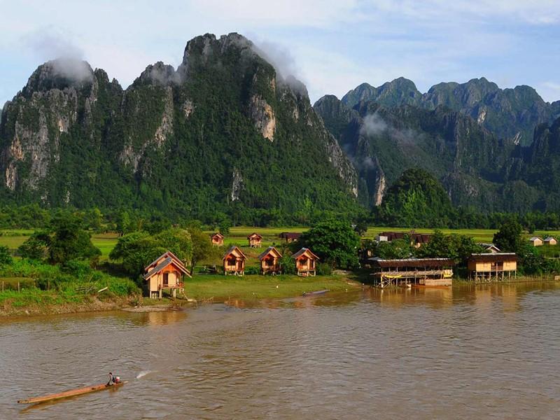 Visite du district de Vang Vieng avec des paysages à vous couper le souffle