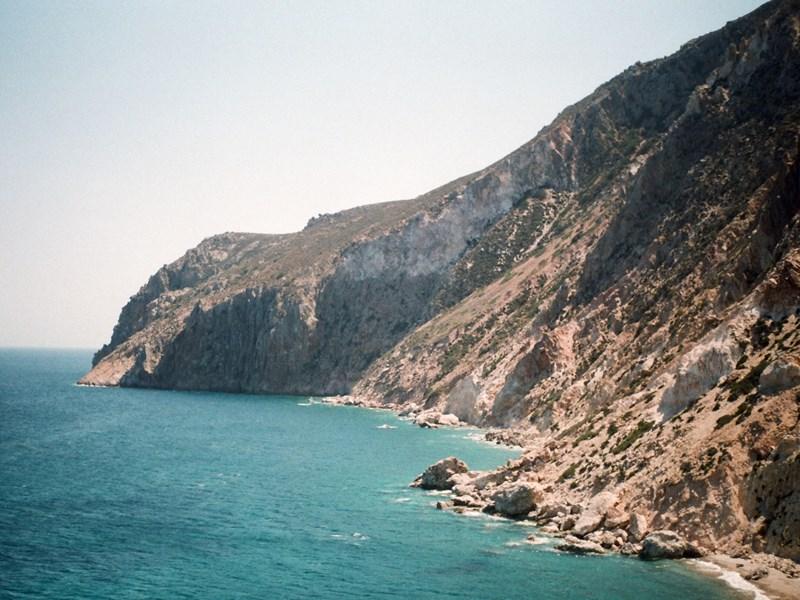 Les magnifiques falaises de Milos