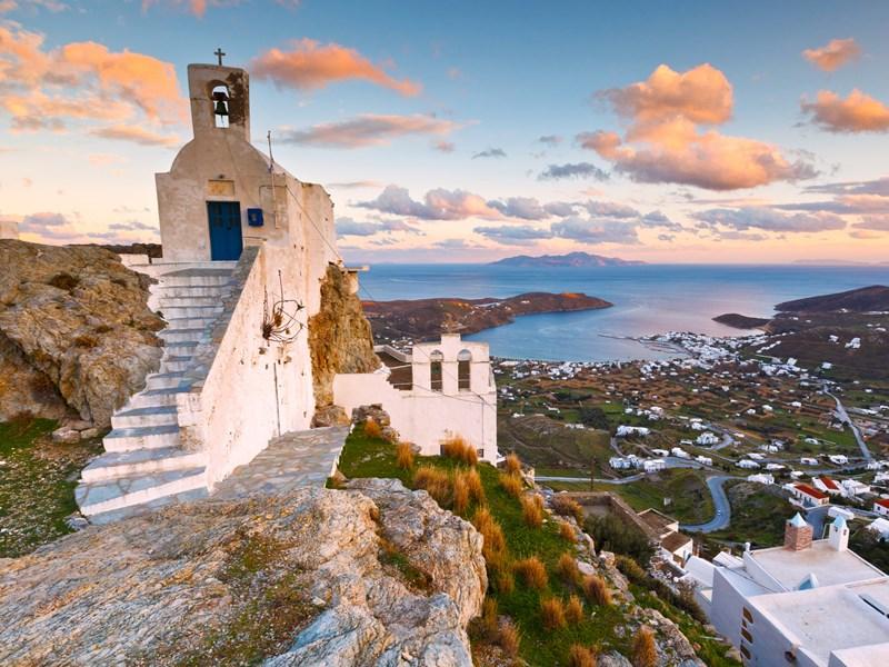 Les chapelles et villages traditionnels de Serifos