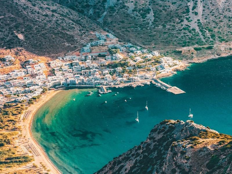 Baie de Kamares sur l'île de Sifnos