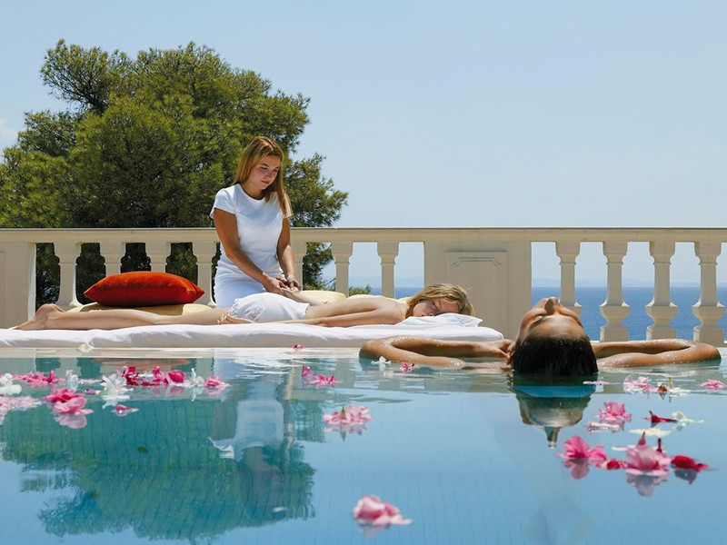 Moment de détente au luxueux spa
