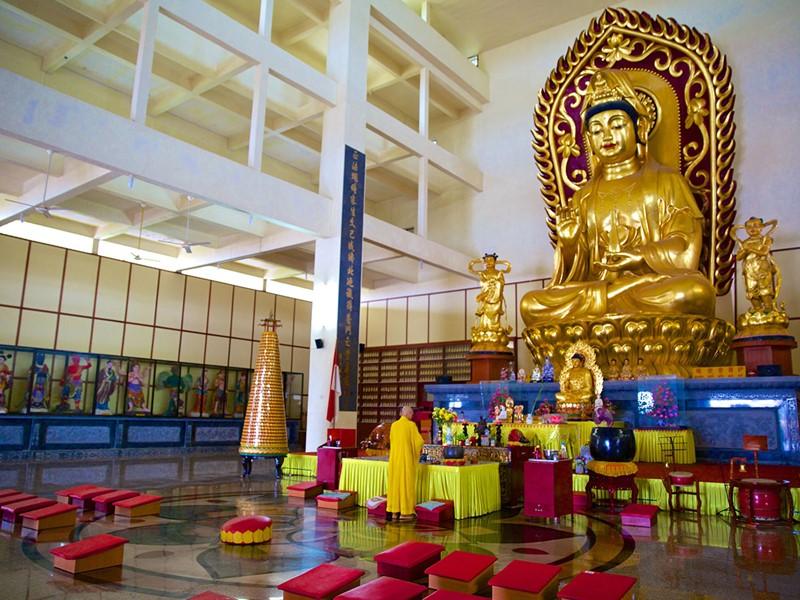 Visite du temple de Tanjung Pinang