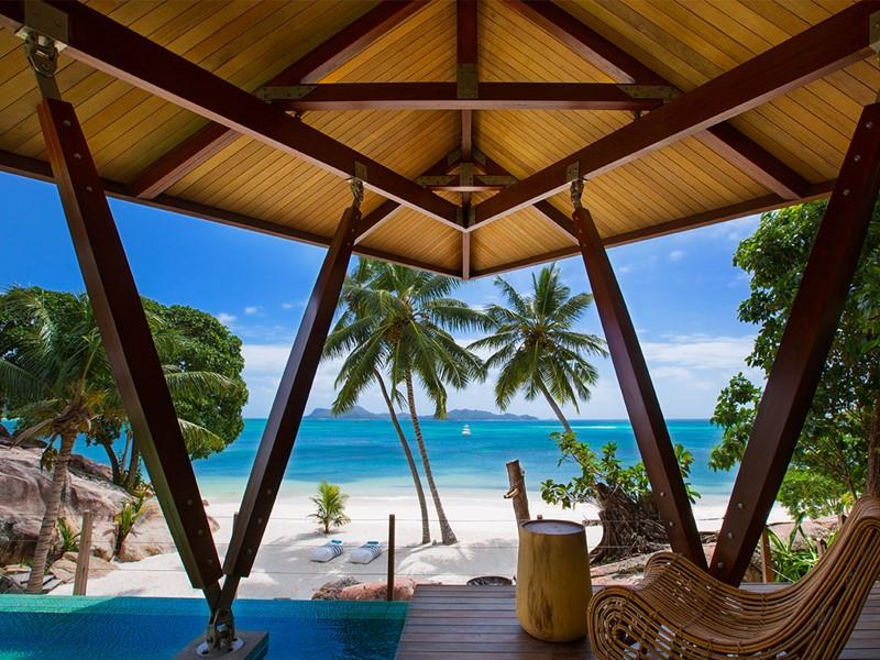 Superbe panorama sur l'océan Indien depuis la villa Deckenia