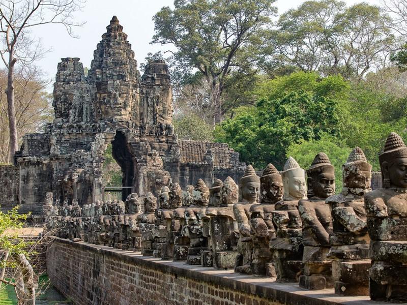 Visitez les temples d'Angkor