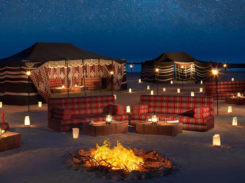 Profitez d'un dîner dans un cadre unique au Desert Islands Resort