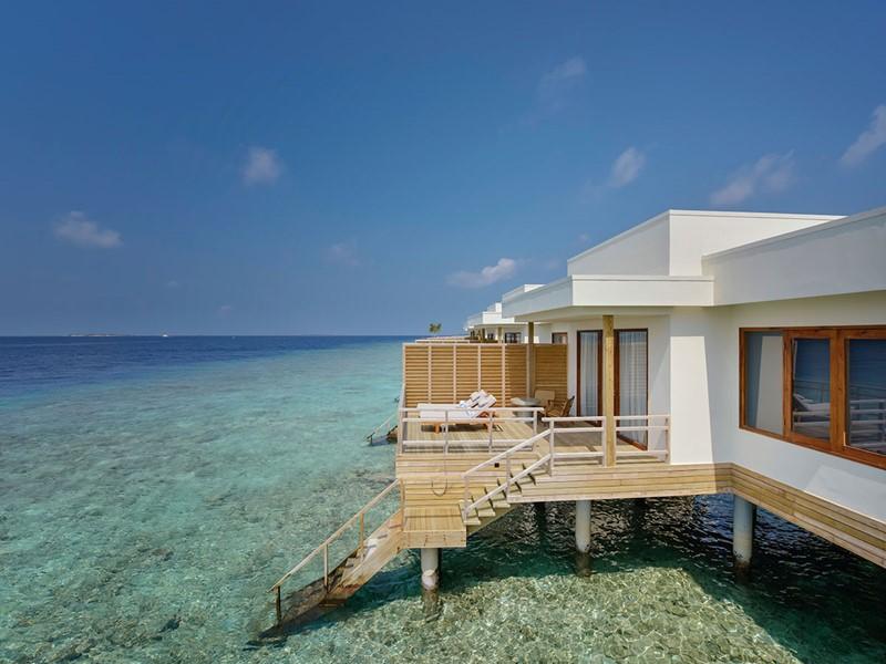 Vue extérieure de la Water Villa du Dhigali Maldives